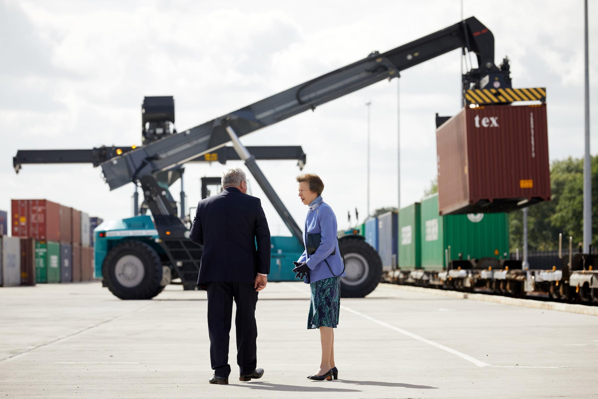 iPort Rail Steve Freeman MD of iPort Rail and HRH The Princess Royal L R iPort Rail