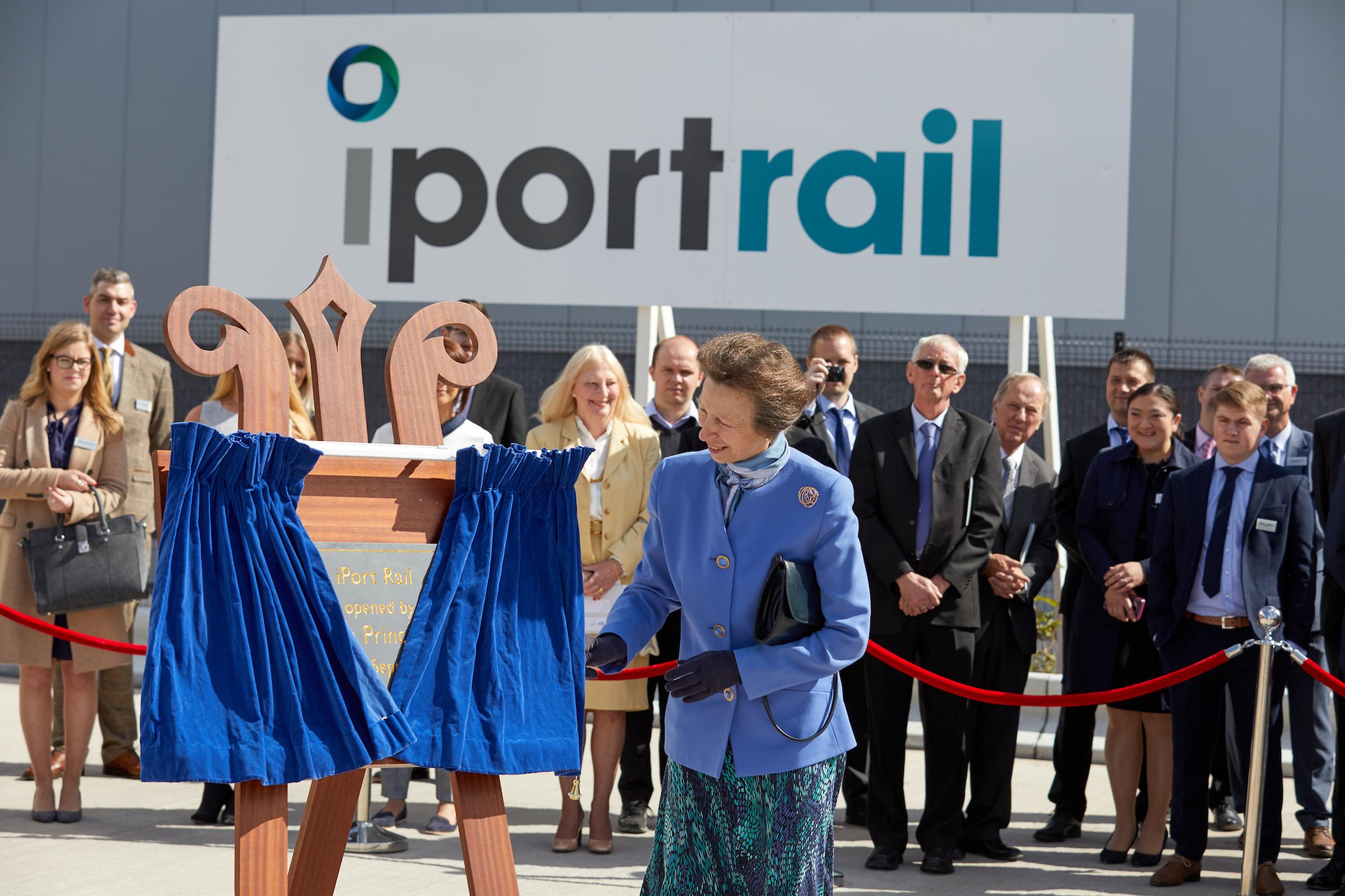 110 sf princess royal iport opening 1 iPort Rail