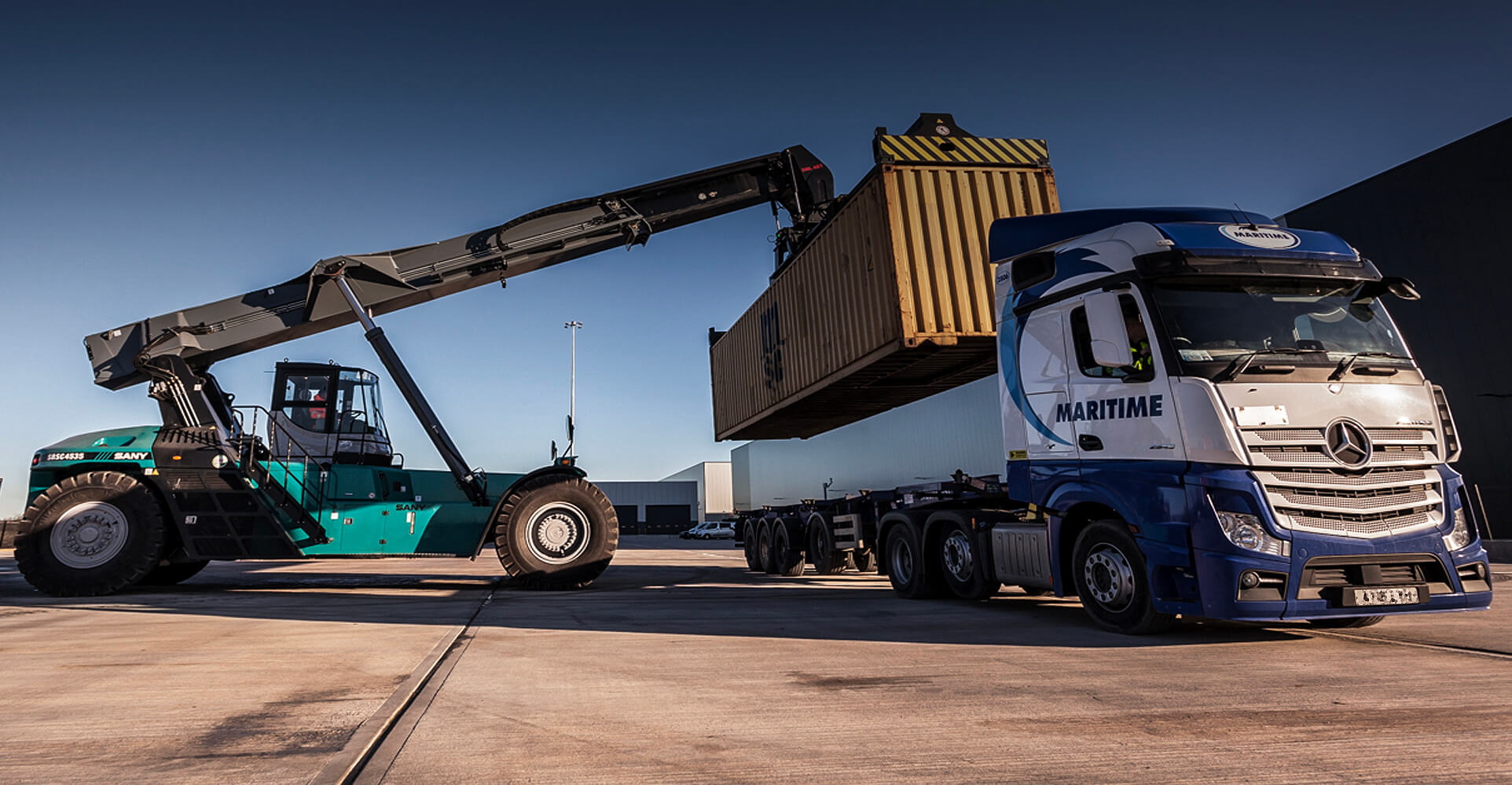 Freight Forwarding by iPortRail